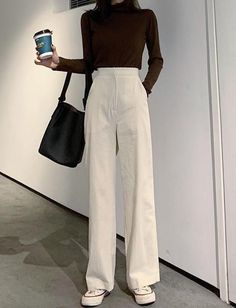 High waist loose wick Fluffy, thin trousers with wide legs Palazzo Pants – sport and women High Waist Loose Wick Fluffy Skinny Wide Leg Pants Palazzo Pants – # Thin Korean Girl Fashion, Look Fashion, Fashion Pants, Fashion Outfits, High Fashion, Winter Fashion, Muslim Fashion, Fashion Women, Petite Fashion
