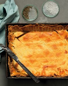 Beef and leek pie with a black pepper shortcrust pastry crust - MyKitchen
