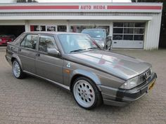Alfa Romeo 75 3.0 V6 QV, liked this car too, it could really shift.....