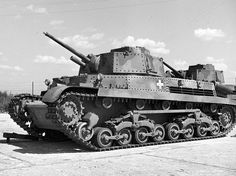 it looks like a Turan I and a Panzer Iv had a lovechild - Well you might be wrong about that, you may be able to di. Army Vehicles, Armored Vehicles, General Motors, Types Of Armor, Tank Destroyer, Armored Fighting Vehicle, Ww2 Tanks, Gasoline Engine, Battle Tank