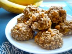 3-Ingredient Healthy Banana Oatmeal Cookies - I make these ALL THE TIME now! Usually with chocolate chips. Really easy and tastes like dessert (aka not healthy!). The husband loves them!