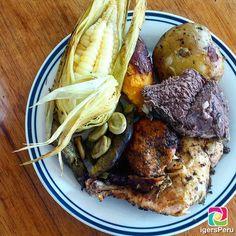 #LaHoraDelAlmuerzo nos trae para el día de hoy una deliciosa #Pachamanca. Buen provecho! . Si te gusta la foto compártela tagueando a quienes más quieras . Gracias por compartir @lmruzoPara ser destacados:Agrega #IgersPeruSigue a @IgersPeru . by igersperu