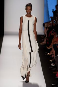 Carolina Herrera at New York Fashion Week Spring-Summer 2014