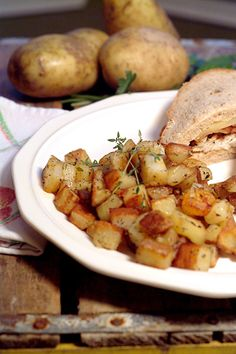 Perfect Home Fries made quick and easy! From @NevrEnoughThyme http://www.lanascooking.com/home-fries/