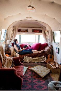 wohwagen einrichtung mit retro hauch entspannen komfort