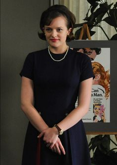Elisabeth Moss, featured in InStyle's May issue, dishes on her personal favorite red carpet moments and Peggy's best looks from Mad Men! Mad Men Peggy, And Peggy, Don Draper, Madison Avenue, Mad Men Season 4, Mad Men Fashion, Fashion Trends, Fashion Ideas, 1960s Fashion