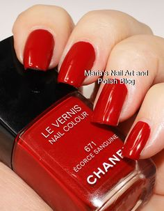 Chanel Écorce Sanguine 771 Chanel Nail Polish, Chanel Nails, Pink Nail Designs, Nail Designs Spring, Lipstick Colors, Nail Colors, Joy Nails, Hydrating Lip Balm, Cute Pink Nails
