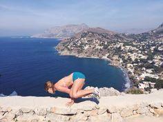 @sashayoga wearing hyde yoga jojo shorts   kalymnos, greece   #hydeyoga #sashayogawellness #kalymnos #sidecrow
