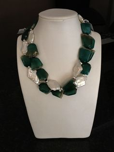 A special St.Patric's day piece by Designer Annemarie van Wyk for JADE. Jade Jewelry, Pearl Jewelry, Jewelry Necklaces, Gemstone Necklace, Gemstone Beads, Beaded Necklace, Inspirational Jewelry, Water Pearls, Green Agate