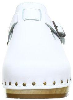 Berkemann unisex - adults riemen toeffler 402 clogs & mules white men's shoes Clogs Shoes, Flats, Wooden Clogs, Boho, White Man, Retro, Billabong, Flat Sandals, Unisex