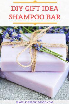 DIY Lush Shampoo Bar // No Lye To Handle + pH-balanced rinse - This beauty recipe is perfect for those of you who never made a shampoo bar before as I replaced lye - Lush Shampoo Bar, Diy Shampoo, Organic Shampoo, Lush Bar, Hair Care Brands, Beauty Treats, Diy Spa, Homemade Beauty Products, Beauty Recipe
