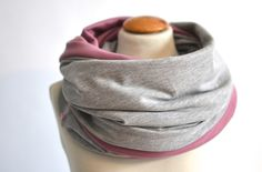 Geschenk zur Schwangerschaft - Stillschal von mien BABYmien // Stillschals und Kuscheliges für Dich und Dein Baby auf DaWanda.com
