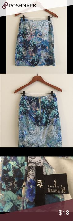 H&M pencil skirt H&M watercolor print pencil skirt H&M Skirts Pencil