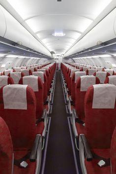 Siete cosas que no deberías tocar en un avión