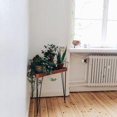 Blombord. Från instagram.com/violaemma