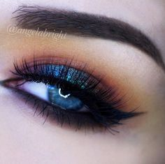 Intense Makeup Looks For Fall