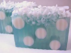 Soap Blog: Sunday Spotlight - Cool Blue Soaps