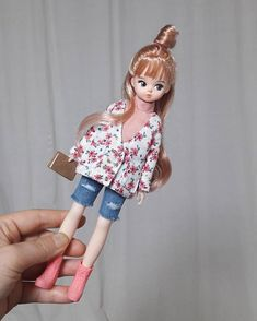 힘든 하루 마무리는 역시 인놀이쥥👍 . . . . . . . . . . . . 내일은 더 열심히 살자잉🤦♀️💪💪💪 #jjororiart #jjororiartdoll #koreadoll #dollstargram #dollphoto… Tiny Dolls, Bjd Dolls, Cute Dolls, Doll Toys, Dollhouse Dolls, Miniature Dolls, Kawaii Doll, Cartoon Boy, Flower Embroidery Designs