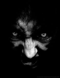 A collection of horror photos. These photos may not be suitable for all audiences. Arte Horror, Horror Art, Vampires, Art And Fear, Ange Demon, Creepy Pictures, Darkness Falls, Afraid Of The Dark, Creepy Art
