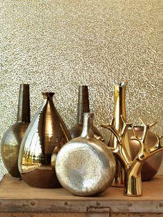 Designer Wallpaper Online Store for USA & Canada Metallic Wallpaper, Wall Wallpaper, Pattern Wallpaper, Wallpaper Online, Touch Of Gold, Cool Lighting, Designer Wallpaper, Interior Design Living Room, Decorative Items