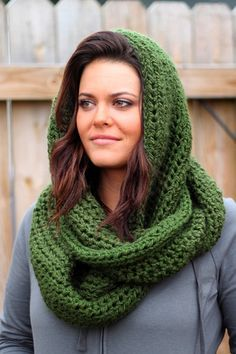 Cool Weather Infinity Scarf in Forest Green, Crocheting the day away ~ free pattern.