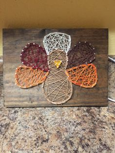 The Latest Trend in Embroidery – Embroidery on Paper - Embroidery Patterns Thanksgiving Crafts, Fall Crafts, Holiday Crafts, Arts And Crafts, Thanksgiving Mantle, Thanksgiving Decorations, Holiday Ideas, String Art Templates, String Art Patterns