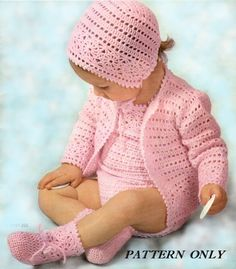 Instant download crochet pattern - Baby rompers, sweater, bonnet and booties - pdf crochet pattern, 3.99$