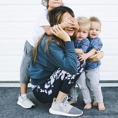 FAN FRIDAY! Loving YOU loving your little ones. {antigua slate leggings + granite bomber jacket} @albionfit @loverlees