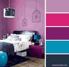 une chambre décorée en rose et bleu