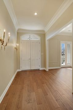 Grand entry to this open floorplan in Willow Bend in Madisonville, Louisiana
