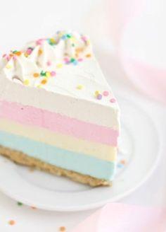 Gâteau arc en ciel pastel