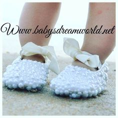 Designer Baby Shoes, Crystal Shoes, Toddler Photography, Beautiful Babies, Christening, Babyshower, Baby Items, Swarovski Crystals, Daughter
