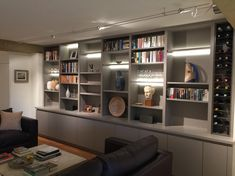 Bookcase wall, built in bookcase, bookshelves, built in shelves living room Built In Shelves Living Room, Living Room Wall Units, Living Room Storage, Wall Storage, Living Room Interior, Living Room Designs, Bookcase Wall, Built In Bookcase, Bookshelves