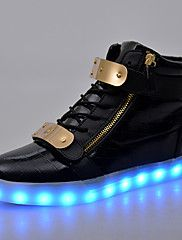 Fashion 7 Colors Men LED Shoes High Top Casual Glowing Luminous USB Charging Light Up Shoes For Women Trainers Superstar Basket Leather Fashion, Fashion Boots, Sneakers Fashion, Light Up Shoes, Lit Shoes, Golden Sneakers, Moda Sneakers, Mens Snow Boots, Men Boots