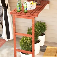 DIY Patio Fold Down Table Project (www.lowes.com)