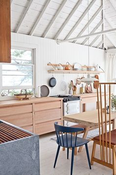An idyllic white and wood Scandinavian style cabin | my scandinavian home | Bloglovin'
