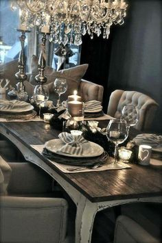 Decoracin De Interiores Y Color Azul En Comedores . What Color Should I Paint My Dining Room Mindful Gray . Home Design Ideas Elegant Dining Room, Luxury Dining Room, Dining Room Design, Dining Room Table, Wood Table, Dining Rooms, Dining Table Decor Everyday, Grey Table, Dining Set