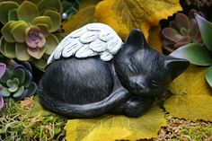 Angel Cat statues are the perfect gift to give someone who has recently lost a feline companion. This particular little cat statue is the perfect size to put next to an urn, photograph or in a nice sunny spot in the garden.  Anyone who has ever lost their beloved and faithful companion knows how difficult it is to mourn their loss. We heal our hearts as we remember the look on their dear faces, and their amazing ability to love unconditionally - and inside us their memory lives on forever…