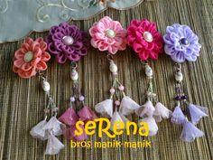 Peniti Juntai bahan kain sifon dan glass beads, harga 20.000/pcs. Pemesanan ke stepy.homecraft@gmail.com atau sms/wa ke 08125204353. Pengiriman dari Malang-Jawa Timur. Happy shopping :)