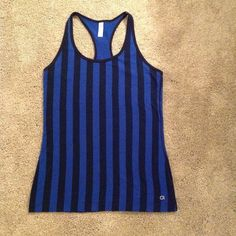 GAPFit Razorback Tank Navy & blue vertical striped cotton tank is comfy & flattering. Worn twice. GAP Tops Tank Tops