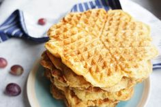Waffel Vegan, Fluffy Waffles, Baby Food Recipes, Food And Drink, Cooking, Breakfast, Babys, Desserts, Leo