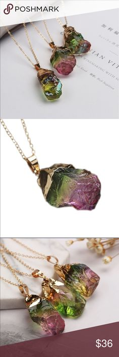 NEW Druzy Gold Plated Chakra Stone Necklace NEW Druzy Gold Plated chain Chakra point multicolored Stone Necklace. Beautiful pendant necklace. High quality. New in package. Jewelry Necklaces