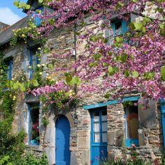 frankrijkpuur.nl | 10 van de mooiste dorpen en stadjes in Bretagne: La Galicy #dorp #stad #bretagne #lagalicy