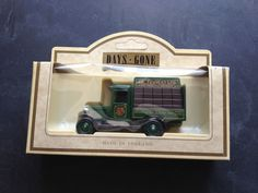 LLedo 1934 Chevrolet Bottle Van - Tennents Brewery Livery - 26009