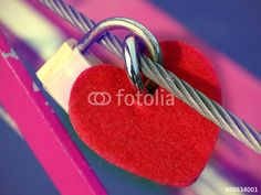 #love #lovepadlock #padlock #romantic #heart #amour #cadenas #coeur #romantique photo © Jonathan Stutz