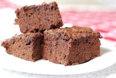 If Julia Child were alive today, she would be 100 years old. In her honor, I made my favorite Julia Child dessert recipe—her totally awesome brownies. They are seriously delish and are a huge favorite with my kids, who often gobble these as a snack when I want to give them a special treat. We …