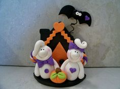 Ghostly Pair and Halloween Cottage  por countrycupboardclay en Etsy