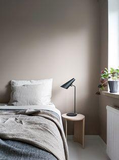 Siro table lamp byHimmee.
