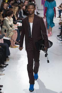 CALVIN KLEIN Spring 2018 Ready-to-Wear Collection Photos - Vogue