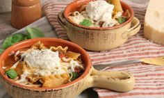 In this episode of Laura in the Kitchen Laura Vitale shows you how to make Lasagna Soup!